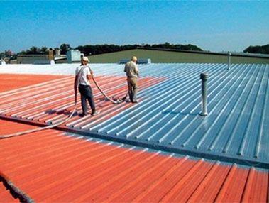 金属屋根の施工例 | 耐衝撃、超高速硬、防水、耐薬品の高性能ポリウレアコーティング材