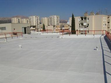 屋上防水_活用事例|耐衝撃、超高速硬、防水、耐薬品、ポリウレアコーティング材