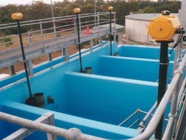 汚水・雑排水槽_活用事例|耐衝撃、超高速硬、防水、耐薬品、ポリウレアコーティング材