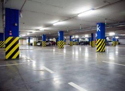駐車場_床面|耐衝撃、超高速硬、防水、耐薬品の高性能ポリウレアコーティング材