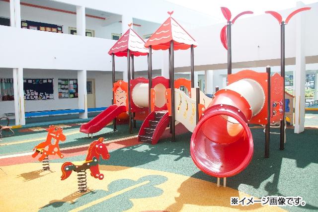 屋外遊具|耐衝撃、超高速硬、防水、耐薬品の高性能ポリウレアコーティング材